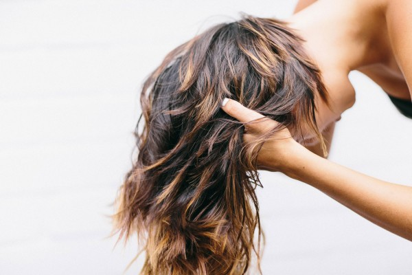 ALWAYS MAKE A POINT TO FLIP YOUR HAIR - hair growth tips