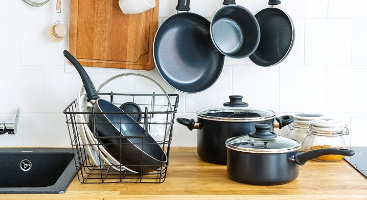 Why you should use pots and pans set?