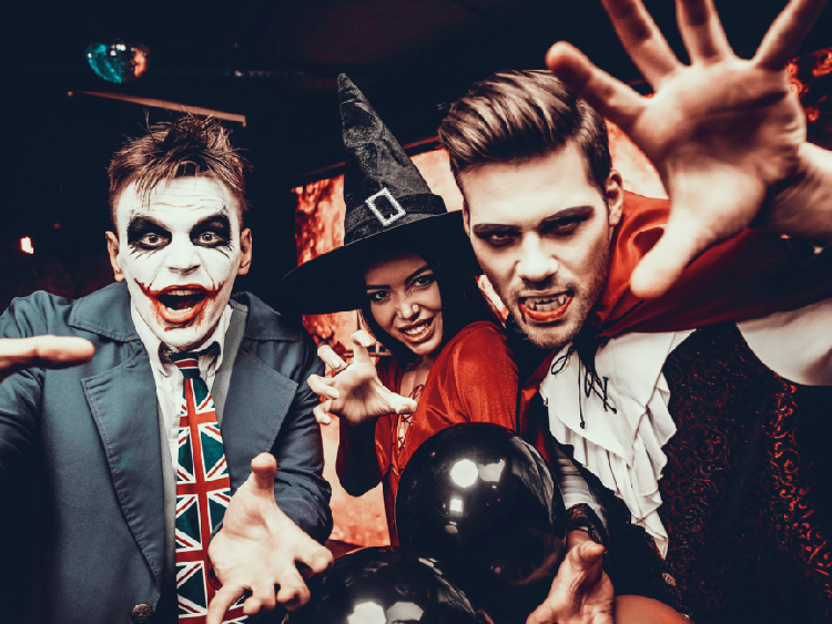 Top 15 Spectacular Group Halloween Costumes in 2019