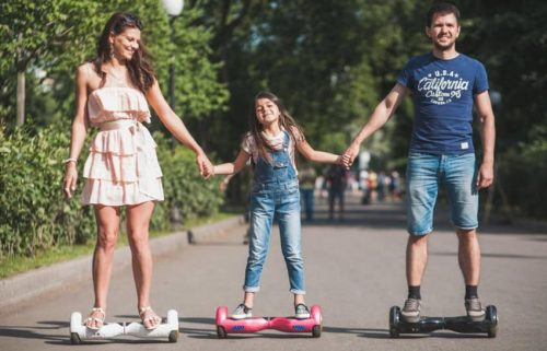 What age range suitable for riding a hoverboard?