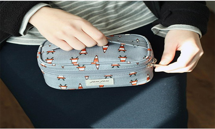 Pouch Bags for Women