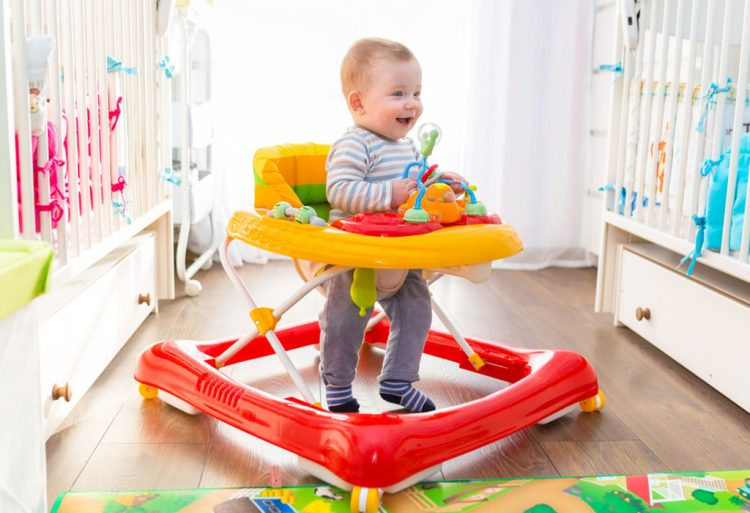 What age should a baby use a walker?