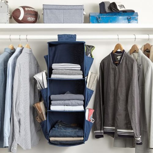 Tips for organizing your clothes in a closet
