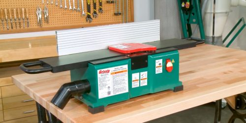 What are the criteria to think when buying a benchtop jointer?