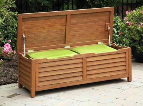 What Are the Things to Consider When Buying a Patio Storage Bench?